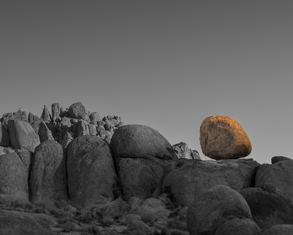 Odd Ball; Alabama Hills (•)